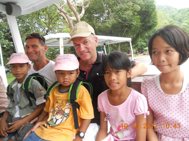 Tom and Tim - Pattaya Street Kids At KKOZ
