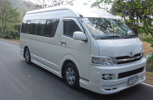 Khao Kheow to Pattaya Transportation Van