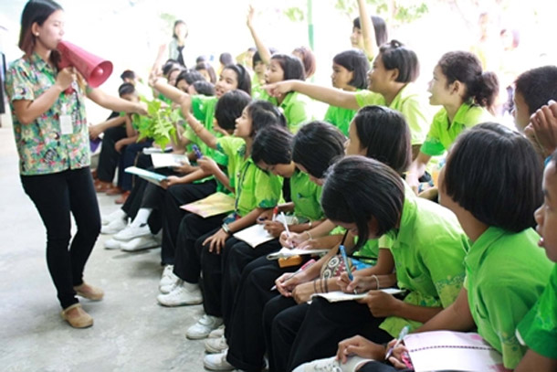 800 Sattahip Students Study Nature at Khao Kheow Open Zoo